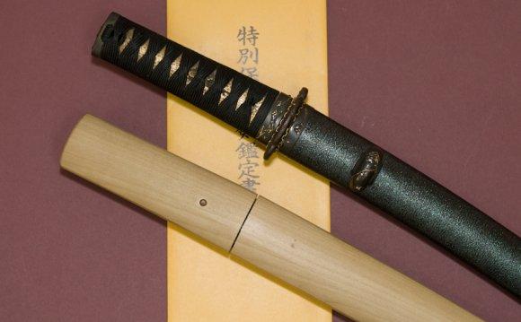 Короткий японский меч